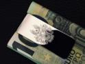 Wappengravur auf Geldscheinklammer aus massivem Silber