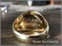 Innengravur eines Goldsiegelringes